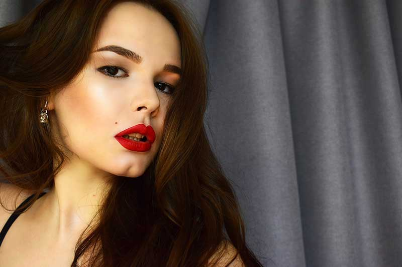 How to Get Rid of Dark Lips in 7 Days at Home