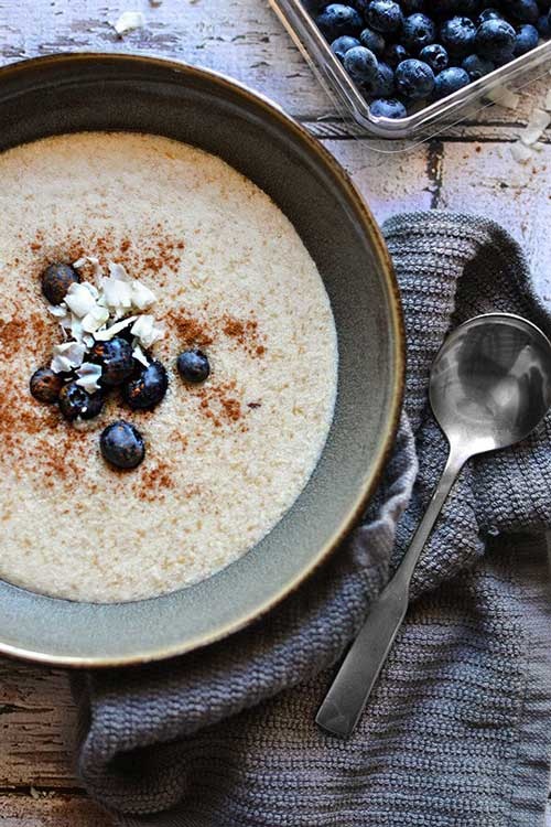 Vegetarian? Need some keto breakfast ideas? Here we have put together 25 Low Carb and High Fat Vegetarian Keto Breakfast recipes that will also help you to lose weight.