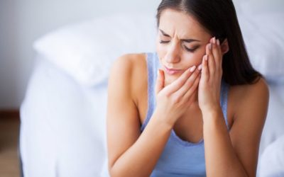 8 Best Essential Oils for Toothache That Work Wonders